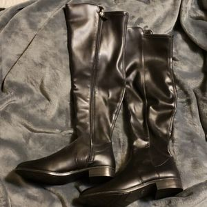 **NWOT knee high boots size 8